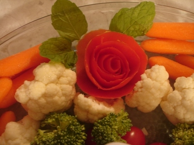 rose veg tray close